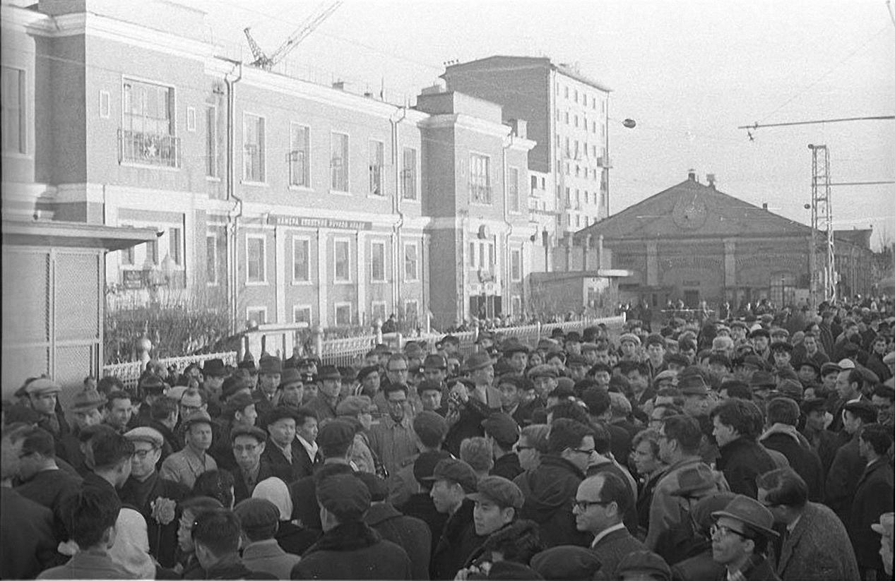 1967. На перроне. Советско-китайский конфликт