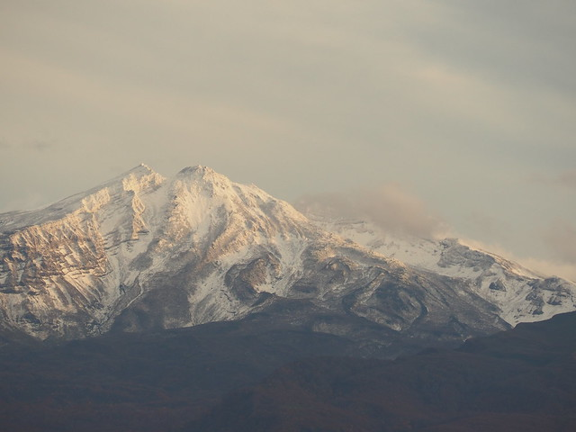 The peak of Mt.Chokai was covered slightly with snow.