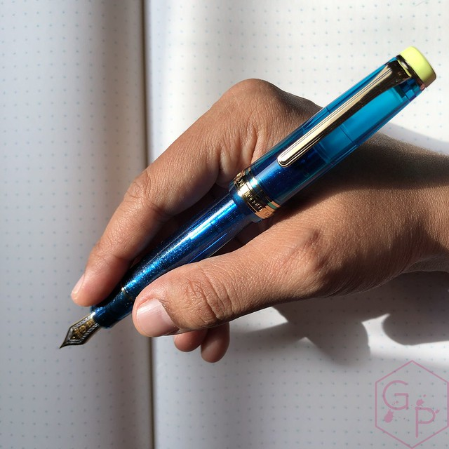 Sailor Pro Gear Cocktail Kure Azur Fountain Pen 10