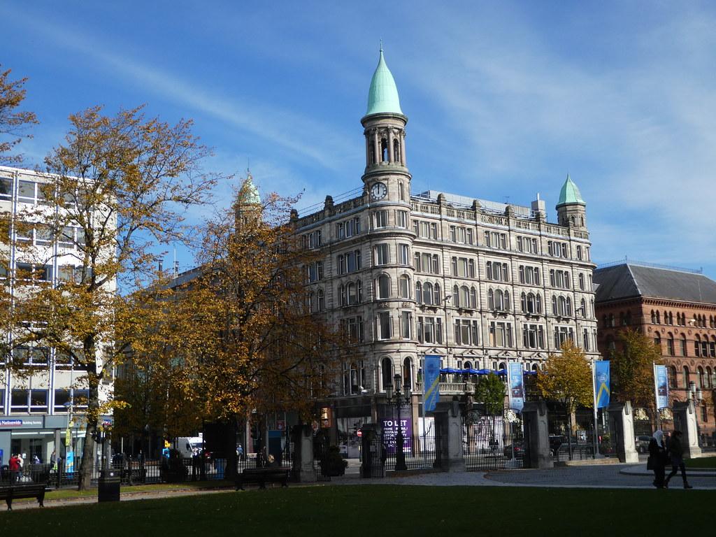 Arsitektur yang indah di pusat kota Belfast