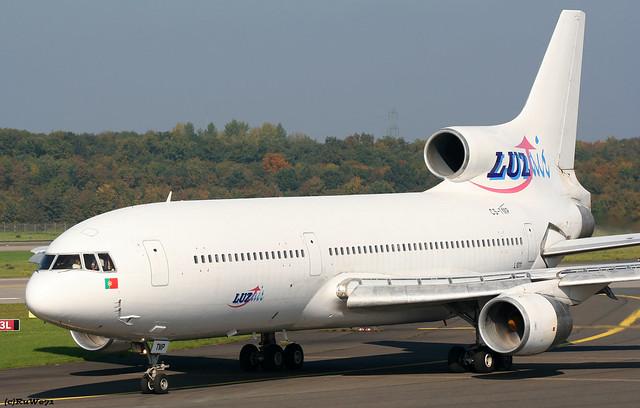 Luzair Lockheed L-1011 Tristar 500 CS-TMP