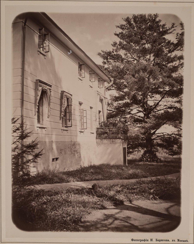 05. Боковой фасад дома