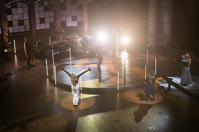 HENDERSONVILLE, TN - SEPTEMBER 17:  Tauren Wells, Christine D'Clario, Jenn Johnson & Jekalyn Carr perform onstage during the 2020 Dove Awards at TBN Studios on September 17, 2020 in Hendersonville, Tennessee.  (Photo by Don Claussen/Trap The Light Pho