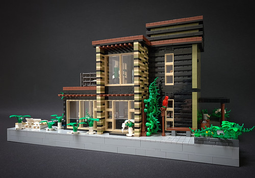 Greyplate House MOC. Minifigure's perspective.