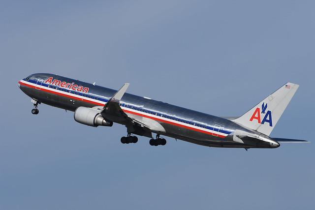 N39365 Boeing B767-323(ER) EGCC 10-04-16