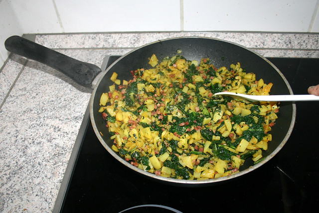 15 - Defrost & cook spinach / Spinat auftauen & garen