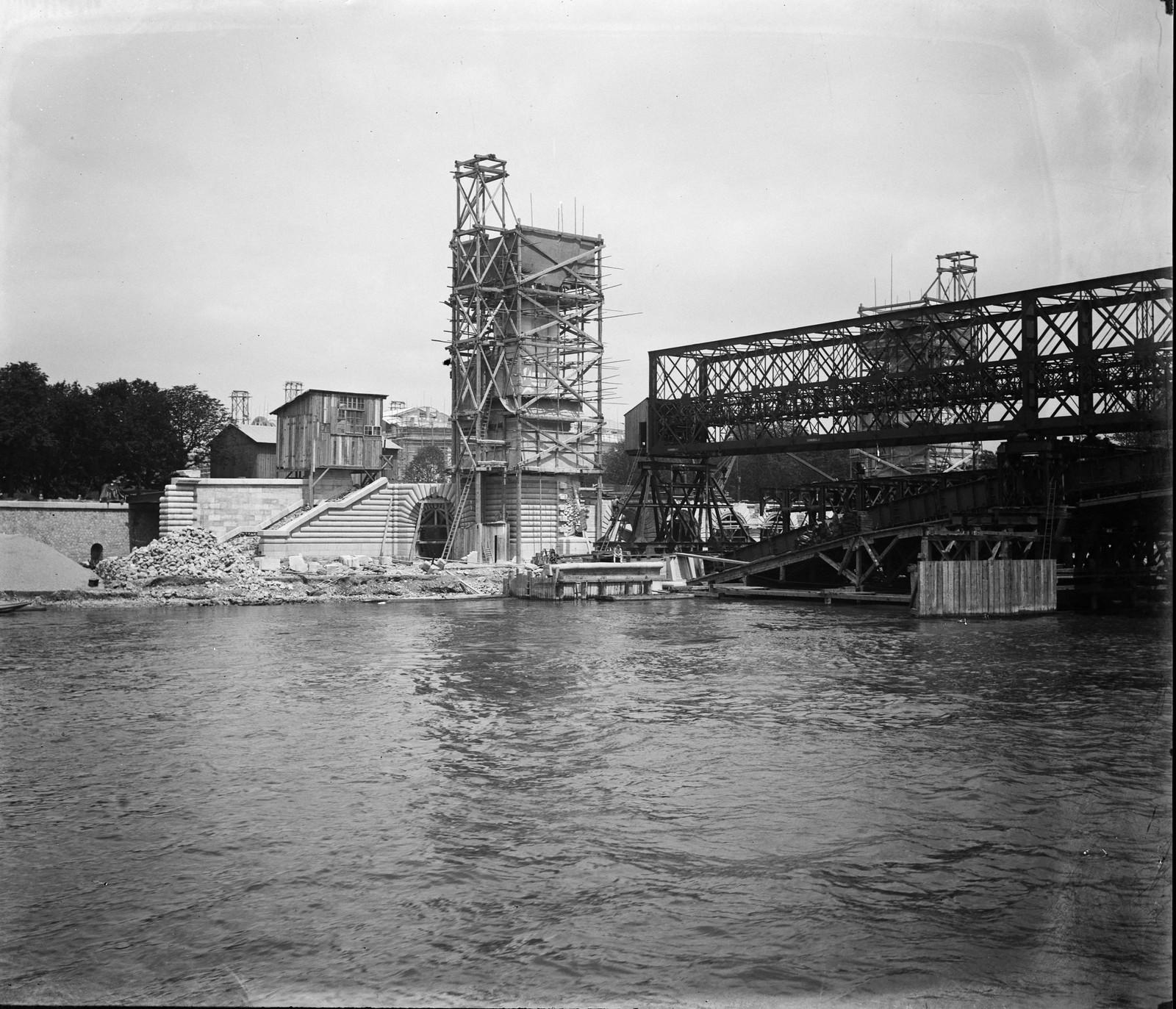 01. Строительство моста Александра III