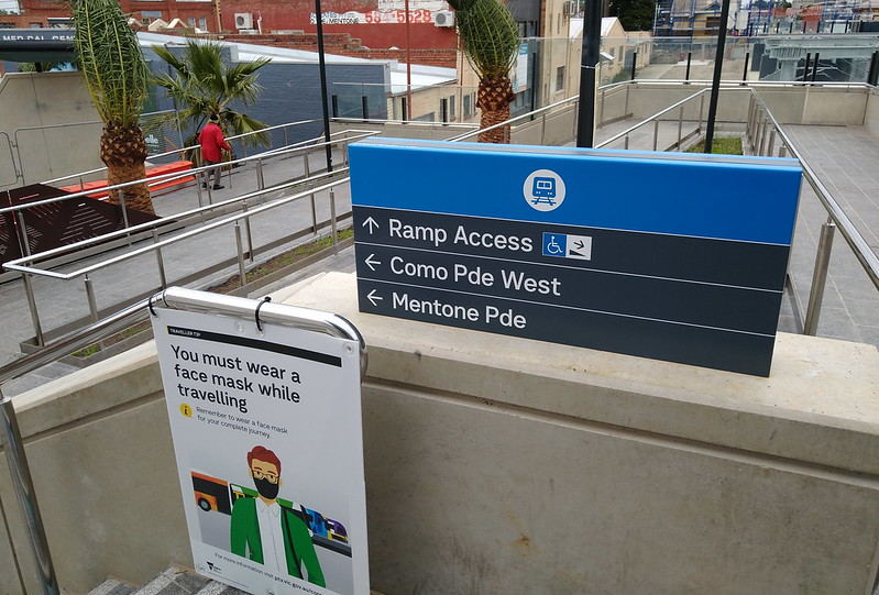 Mentone station ramp to entrance