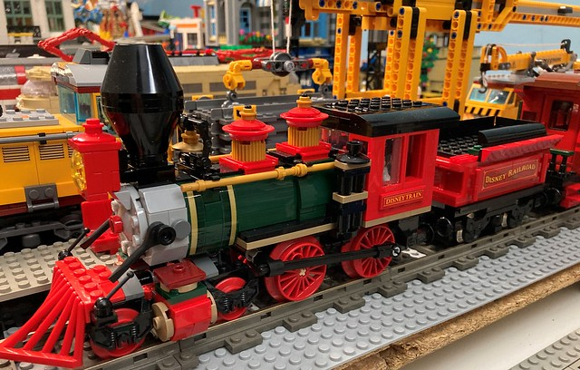Disney trains from LEGO and MouldKing