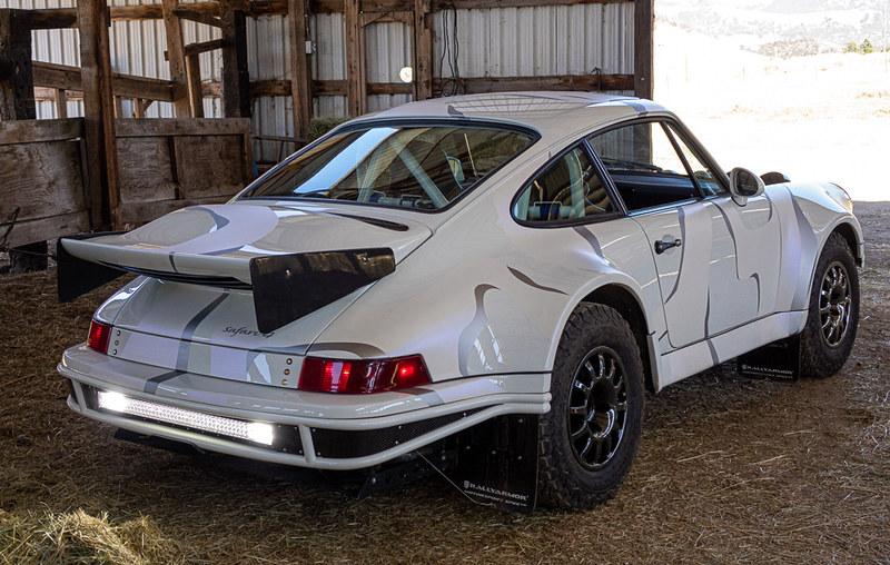 Porsche-911-Safari-11