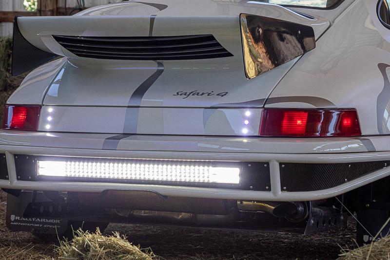 Porsche-911-Safari-14