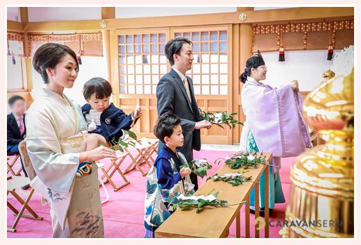 川原神社で七五三 ご祈祷は予約して 玉串奉天