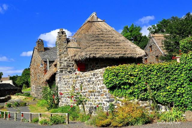 Bigorre et ses toits de chaume...
