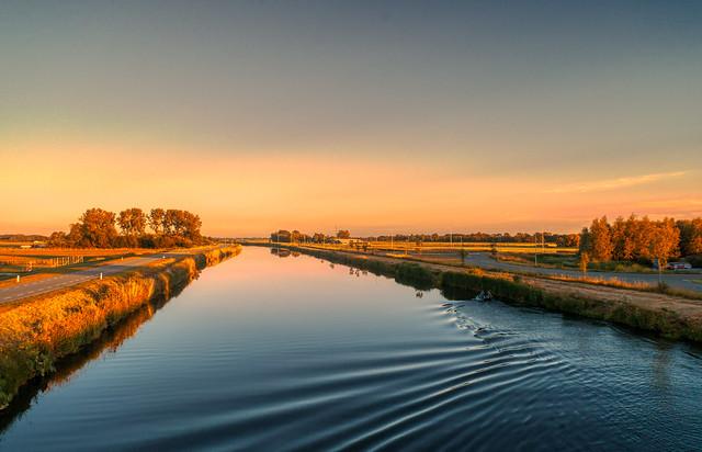 Noordhollandsch Kanaal near Schoorldam.