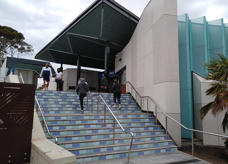 Mentone station steps to entrance