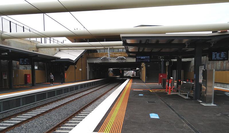 Cheltenham station platform, looking south towards concourse