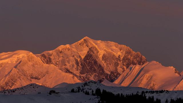 Crépuscule sur le Mont Blanc