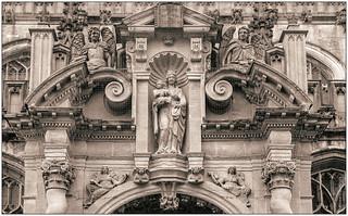 University Church sculptures