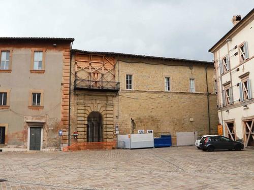 ROMA ARCHEOLOGICA & RESTAURO ARCHITETTURA 2020: 30.704 beni recuperati e abbandonati - A 4 anni dal sisma in Umbria, Marche e Abruzzo le Soprintendenze sono senza personale - Il Giornale dell'Arte, No. 411 (28/10/2020).