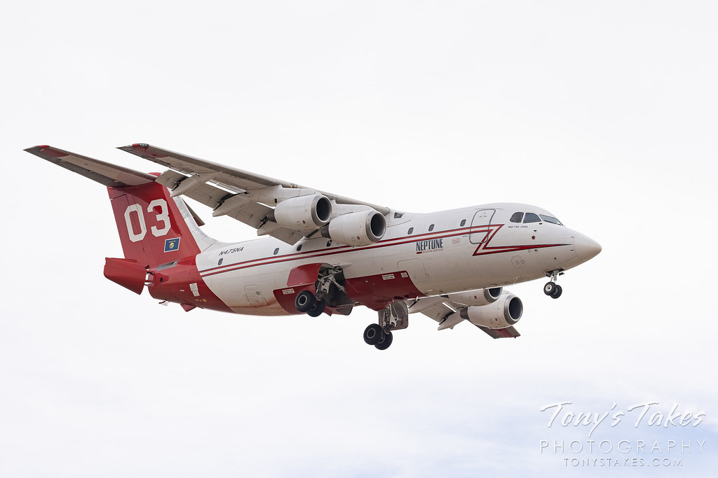 Neptune Aviation BAe 146 airtanker returns from a run against the Colorado wildfires. (© Tony's Takes)