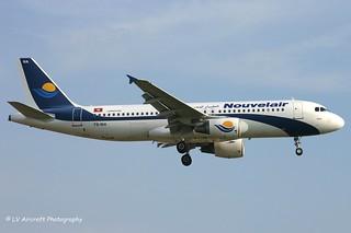 TS-INA_A320_Nouvelair_old cs