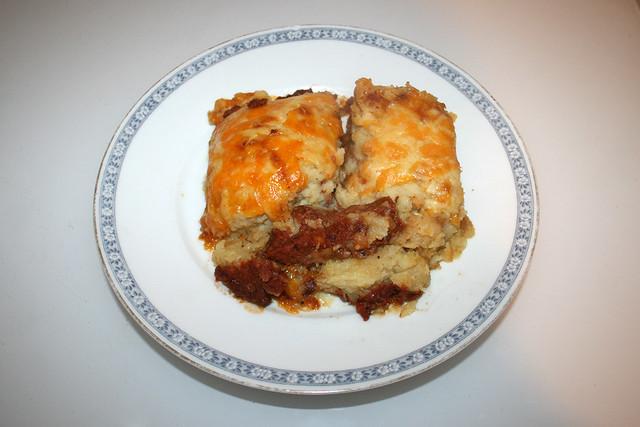 Corned beef hash with sour cream mashed potatoes - Leftovers I / Corned Beef Auflauf mit Sauerrahm-Kartoffelpüree - Resteverbrauch I
