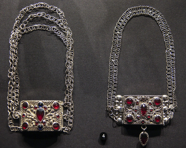 Necklace, Sweden Lund mid 19th century, silver filigree and glass
