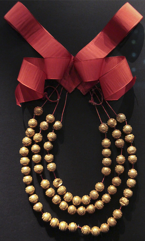 Necklace, Italy, Lombardy, 1820-60, gold with red ribbon