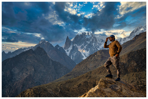 selfie with Lady finger peak | by T@hir'S Photography