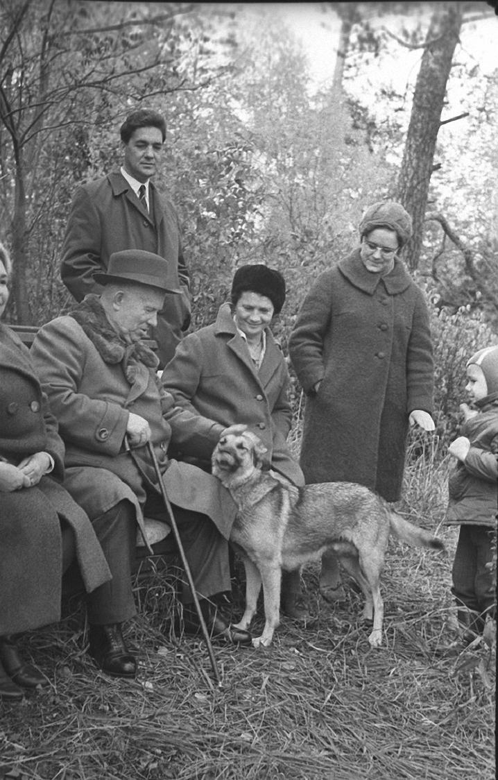 1963. Никита Хрущев на отдыхе в Подмосковье