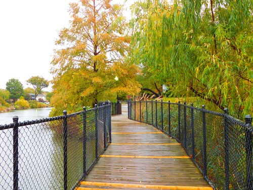 clouds weather sky scenic landscape travel elements explore autumn lake water fishing trees park photography peaceful relaxation golf tulsa oklahoma rain wet cold