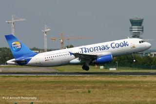 OO-TCB_A320_Thomas Cook_2nd aniversary