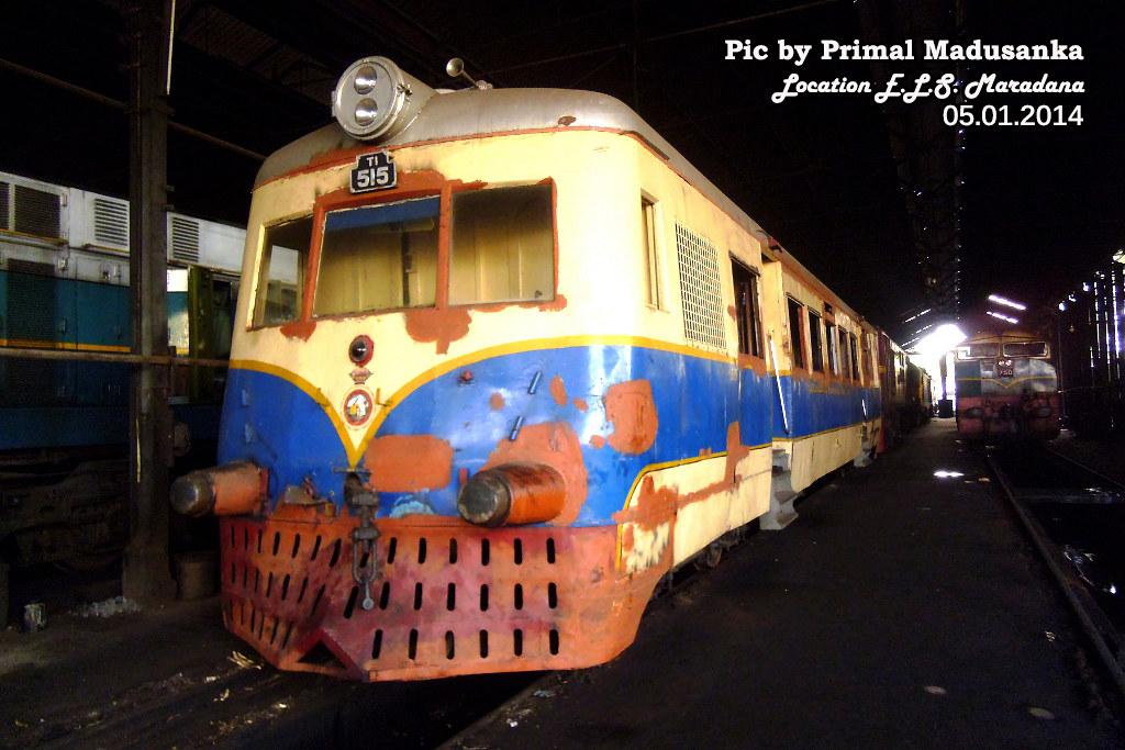 T1 515 at E.L.S. Maradana in 05.01.2014 by Primal Madusanka