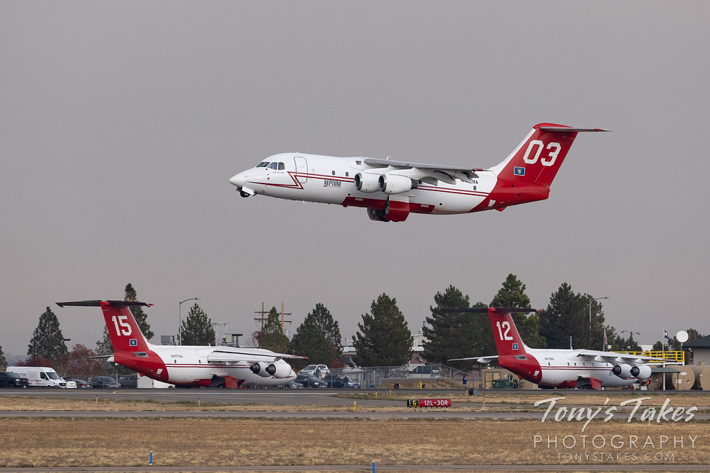 Firefighting planes continue their battle against Colorado wildfires