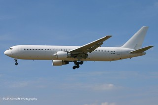 TF-FIB_B763_Icelandair_all white
