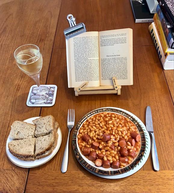 Sausage & beans 302:366 (4:1397)