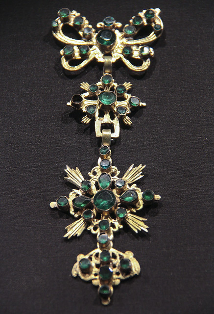 Pendant, Spain, Valencia, 1800-70, gilded silver and glass