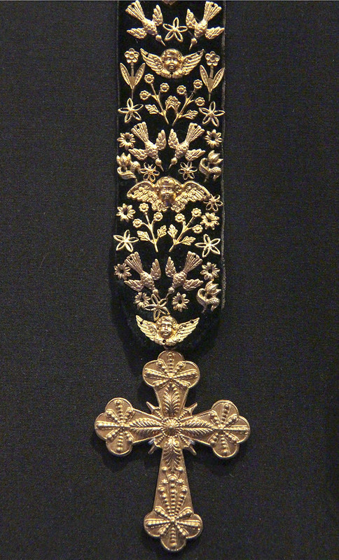Necklace (Breton necklet), France, 1872, gilded metal and black velvet