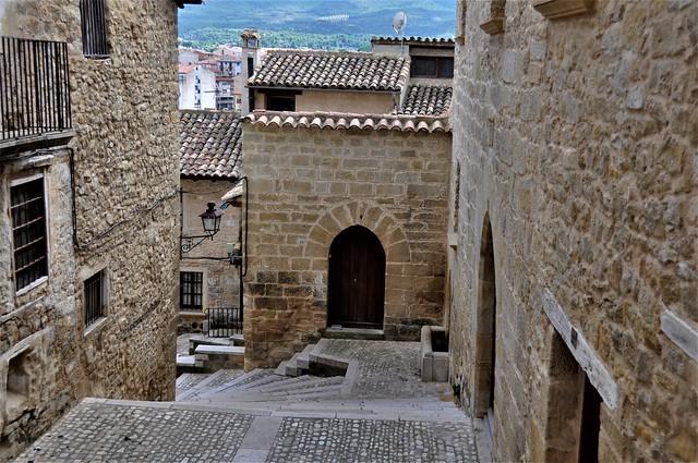 interior del pueblo-VALDERROBLES-Aragón