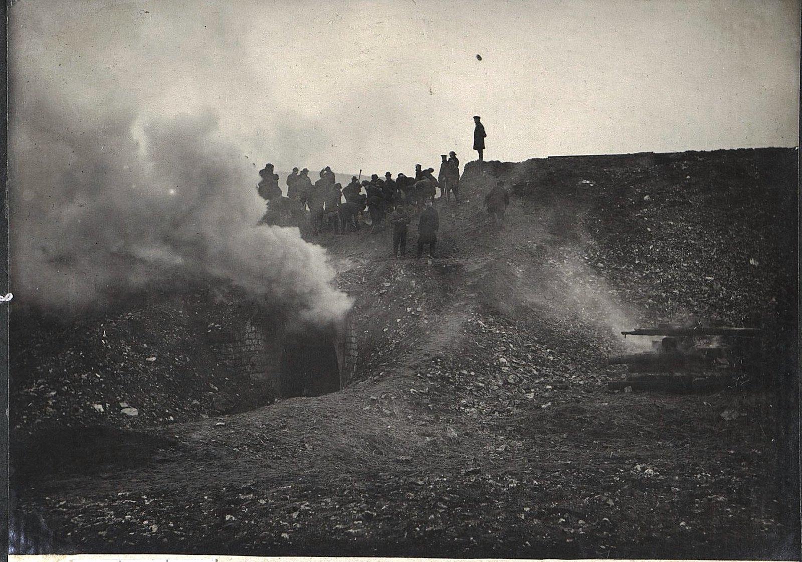 22. Разрушение 4-й ротой трубы на 93-й версте
