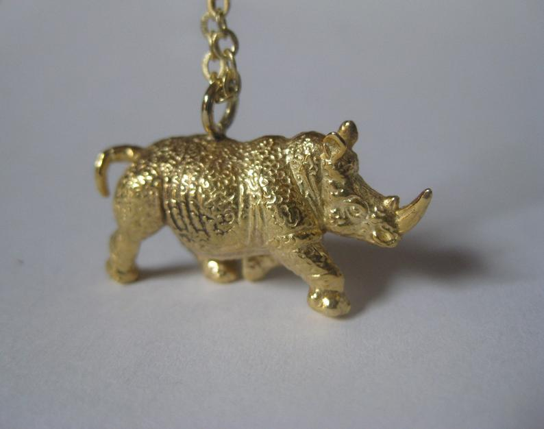 LNJ rhinoceros necklace