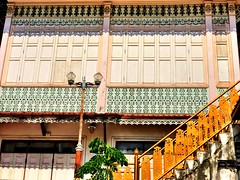 Ornate . We happened upon this beautiful building in an adorable small neighborhood near #chinatown on our walk last weekend. . Always something to see in #bangkok!