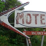 Thu, 2020-09-03 18:13 - I believe the motel is defunct with lots of items around what were the units.