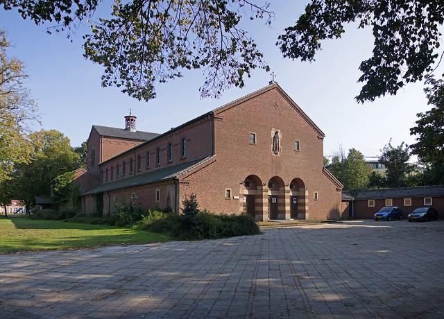 Roosendaal - Fatimakerk