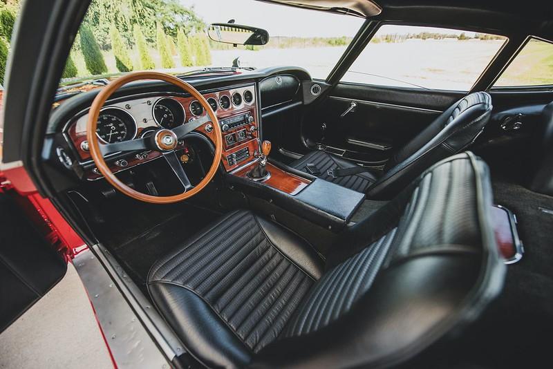 1967-Toyota-2000GT-4