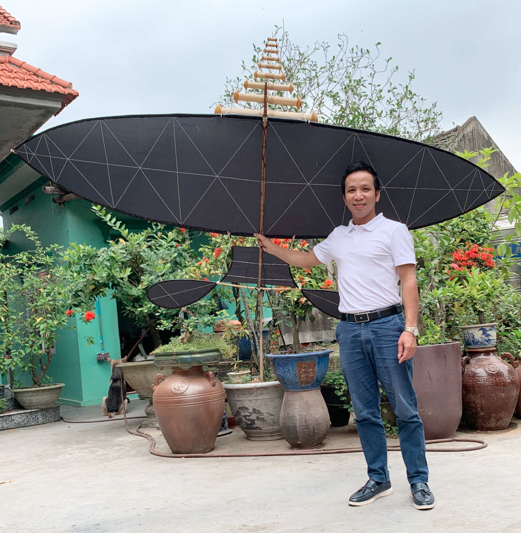 Hoàng Phú và chiếc diều cánh phẳng