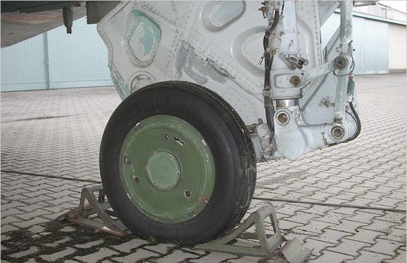 수호이 수-22M4 피터-K