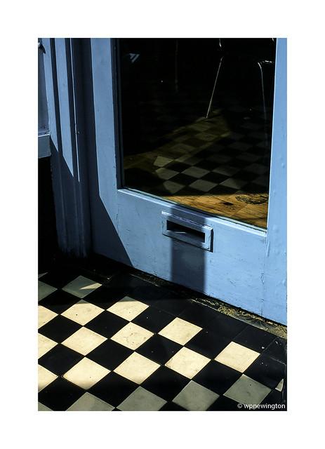 Cafe doorway ©