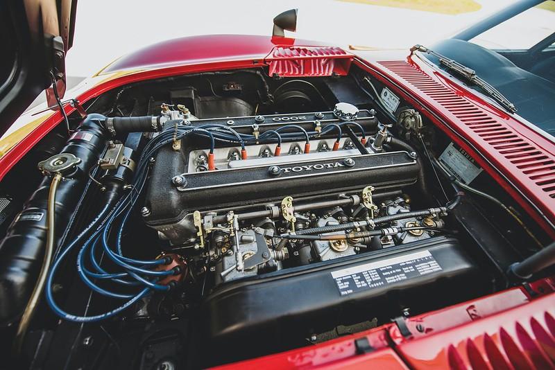 1967-Toyota-2000GT-3