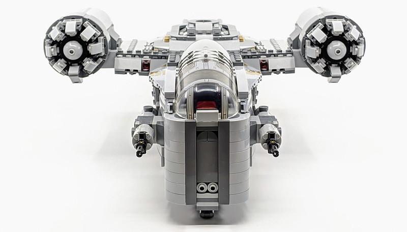 75292: Mandalorian Razor Crest LEGO Set Review